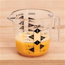 Easy Reading Measuring Cup